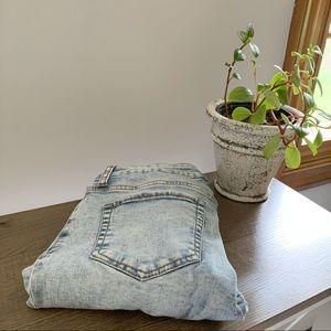 ✰ Acid Wash High Waisted Jeans